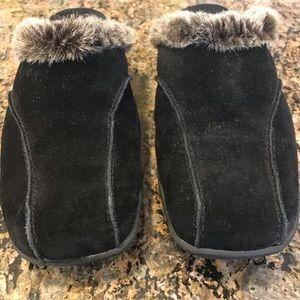 Aerosoles Faux Fur Lined Suede Mule size 8.5